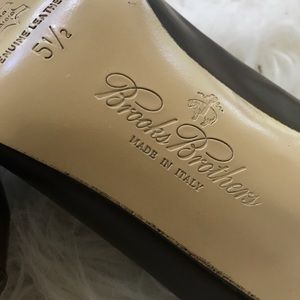 Brooks Brothers Shoes - Brooks Brothers heels handmade in 🇮🇹 Italy